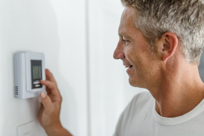 3 Benefits of a Programmable Thermostat